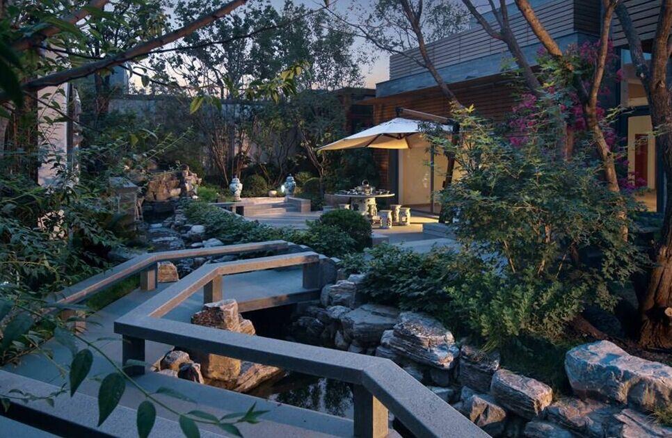 """泰禾的""""假山""""系别墅是中式院落院子的经典之作产品鱼池凉亭别墅图片"""